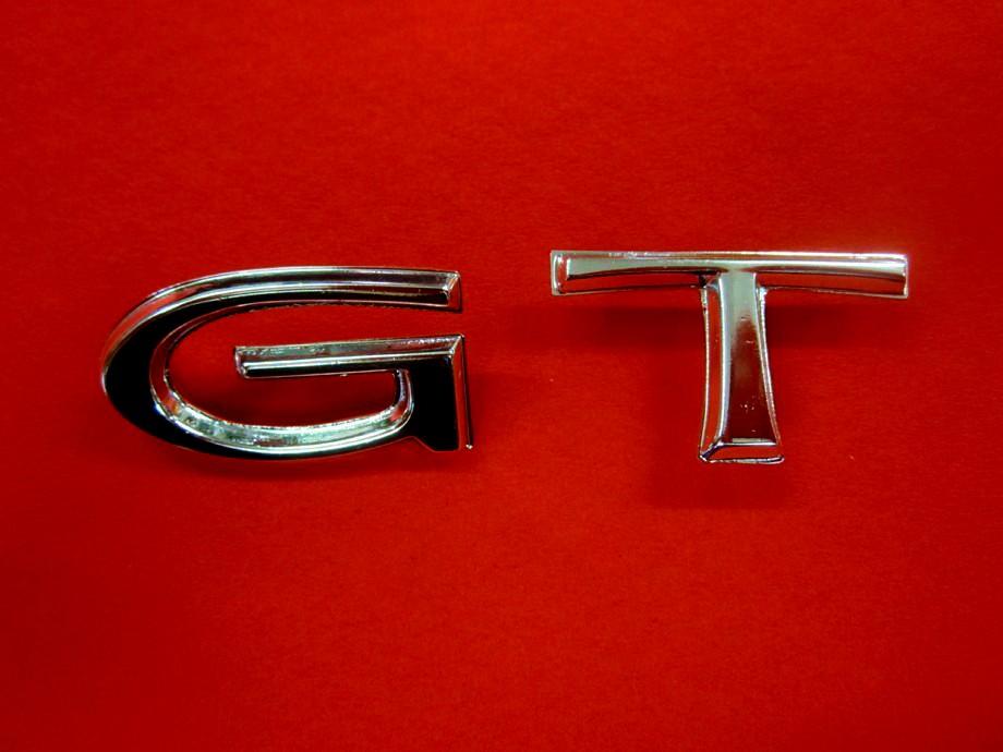 G,T Emblem Chrombuchstabensatz