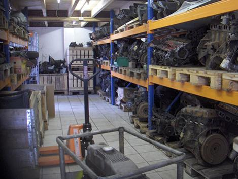Engine warehouse